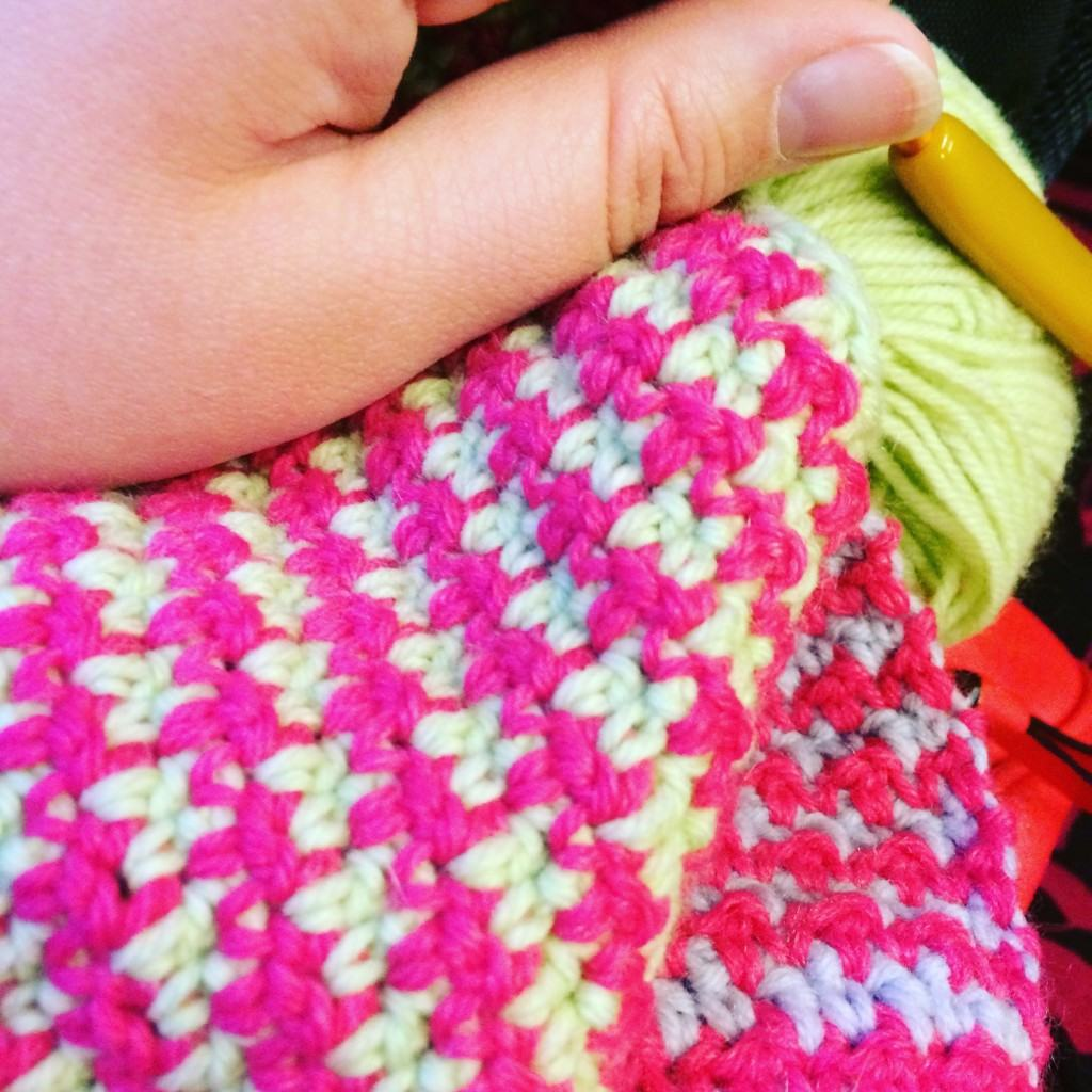 Train crochet time houndstooth